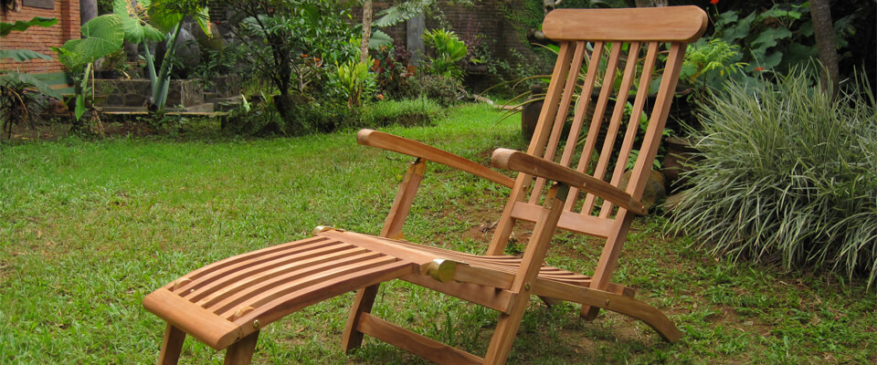 teak deck chair classic design